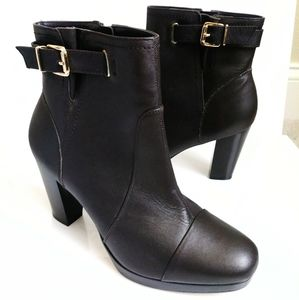 Andrea Brown Heeled Boots Size 10M
